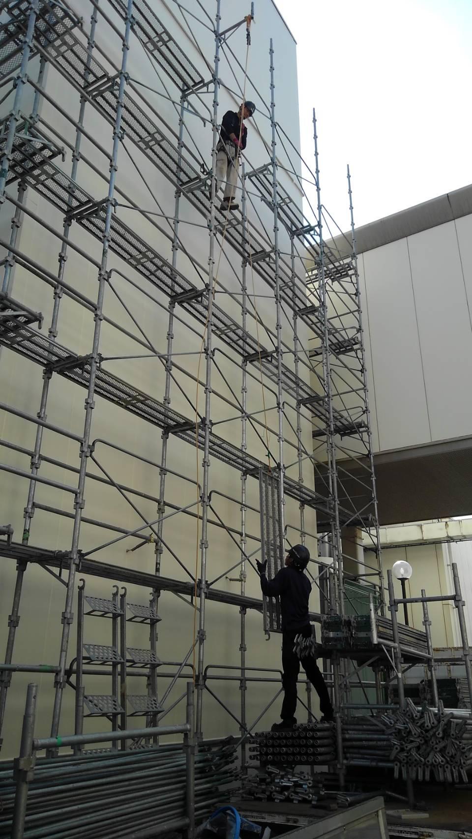熊谷市 足場解体工事の様子